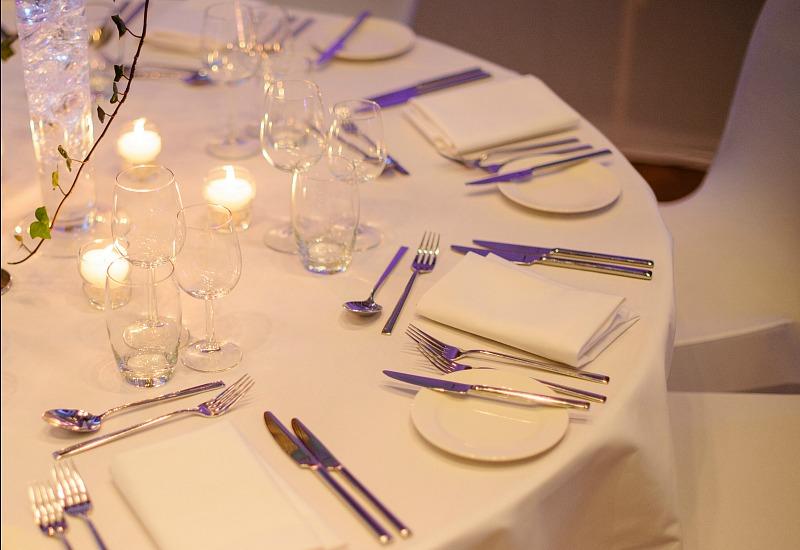 Great Hall wedding table settings