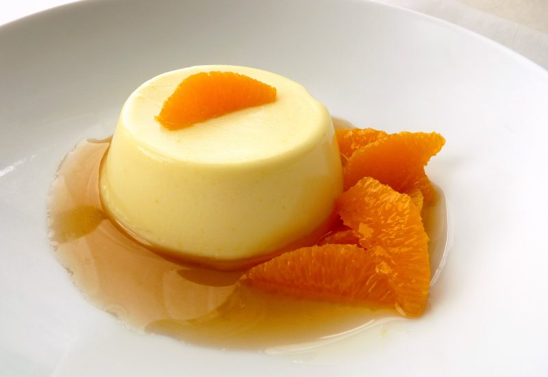 buttermilk panna cotta with clementine compote